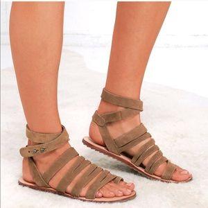 Musse & Cloud Valery Suede Gladiator Sandals